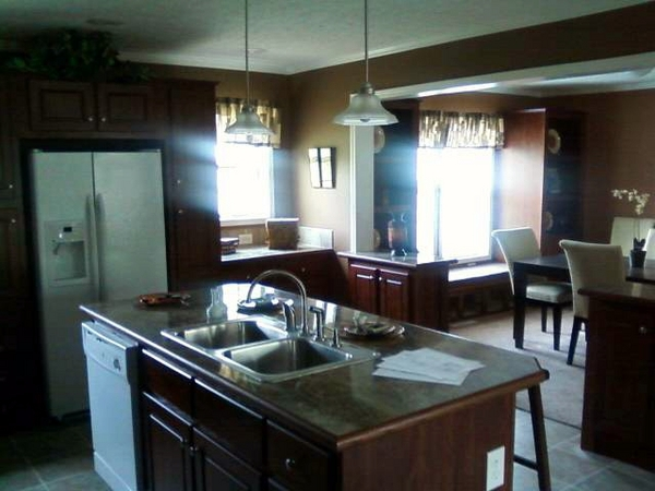 C m homes inc in sanford mi relylocal for Normal kitchen pictures
