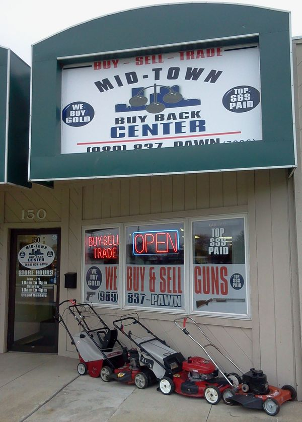Mid-Town Pawn and Buy Back Center Storefront