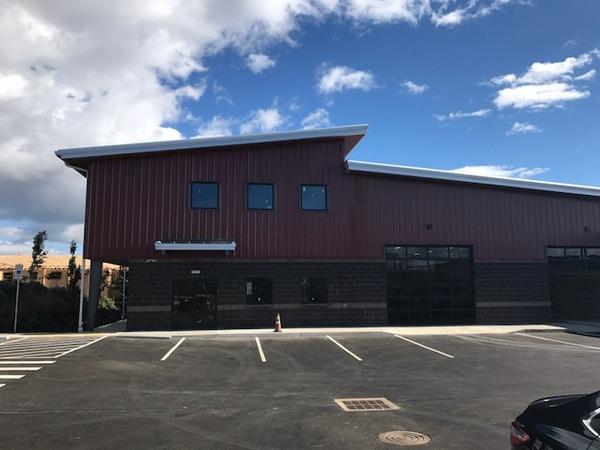 Bend 39 s indoor and outdoor garden station bigs in bend for Indoor gardening rainier oregon