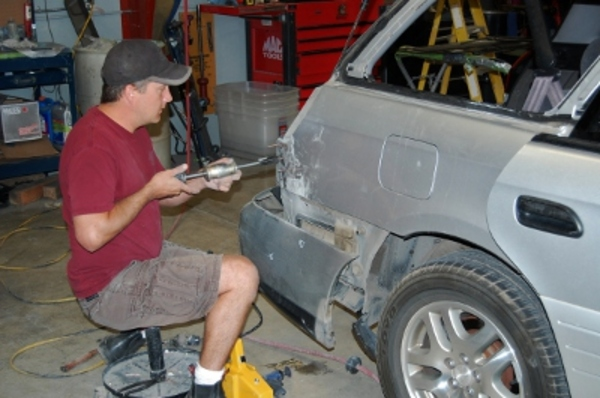 Car Windshield Replacement >> Precision Body and Paint of Bend in Bend, Oregon : RelyLocal