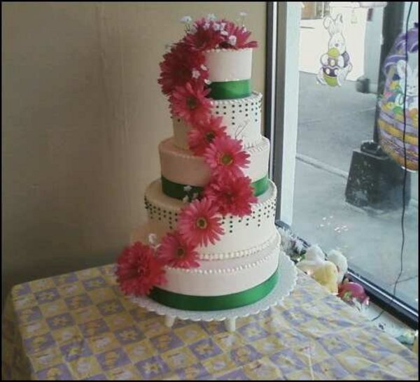 wedding cakes racine wisconsin larsen bakery in racine wi relylocal 25330