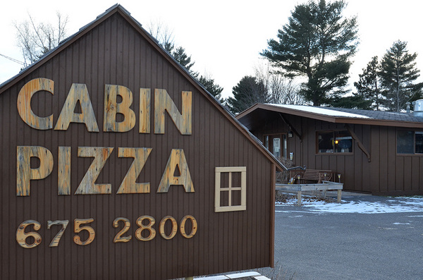 Wausau pizza delivery call cabin pizza