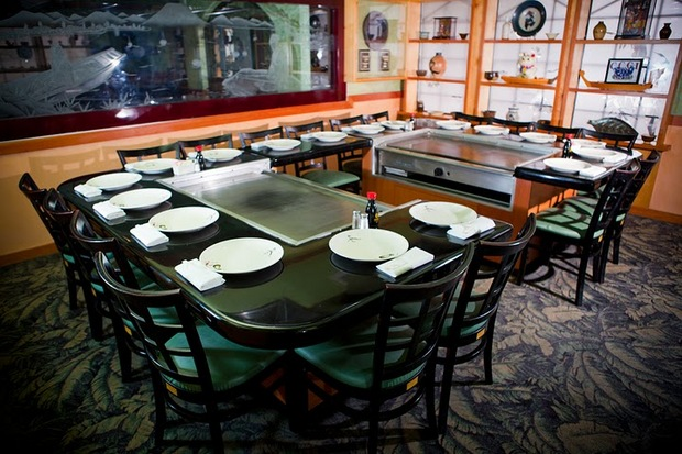 Casual Dining Rooms